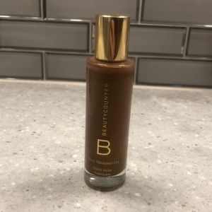 Beauty Counter Glow Shimmer Oil